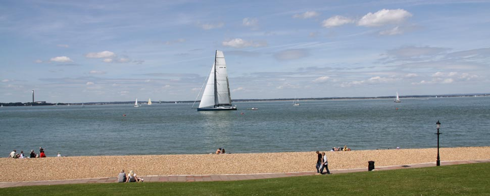 romantic yacht sailing trip in the Isle of Wight