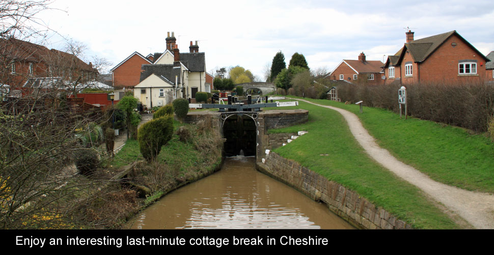 holiday cottages cheshire last minute