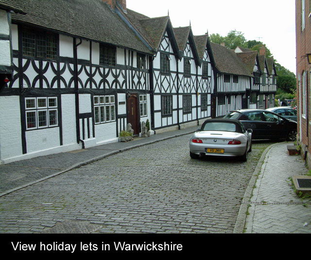 Warwickshire holiday cottages last minute deals